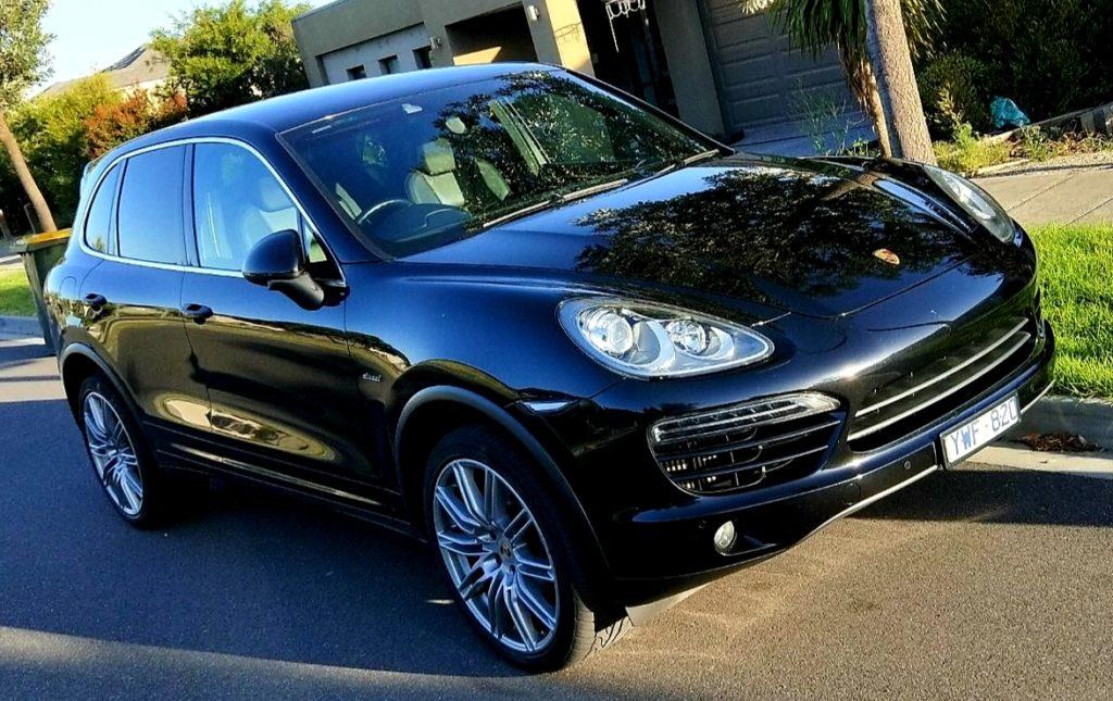 Maxi Cab Melbourne Porsche